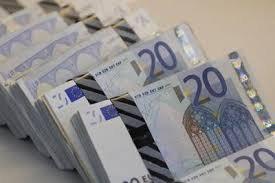 offerta di prestito di denaro a basso finanziamento di credito% tra individui