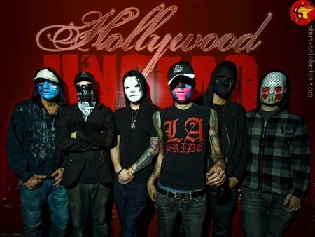 hollywood_undeadpaper01