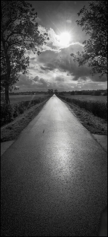 route soleil marais