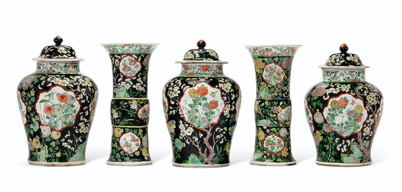 2019_NYR_18151_0103_000(a_rare_famille_noire_five-piece_garniture_kangxi_period) (1)