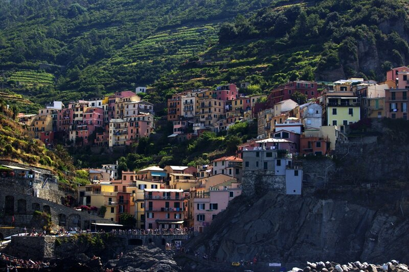 21-follow-me-white-rabbit-cinque-terre-italie-riomaggore (2)