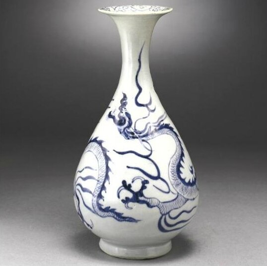 A very rare blue and white 'dragon' vase (yuhuchunping), Yuan Dynasty