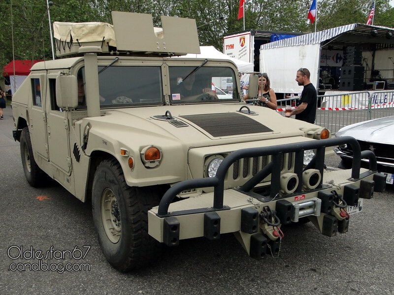 HMMWV (High Mobility Multipurpose Wheeled Vehicle) ou Humvee m998 1983_2014-01