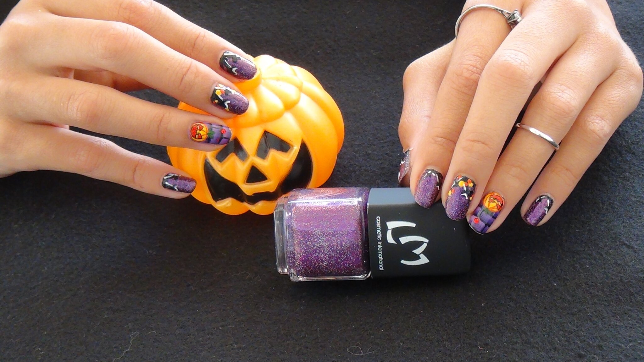 "Nail Art Halloween ""Citrouille en folie"""