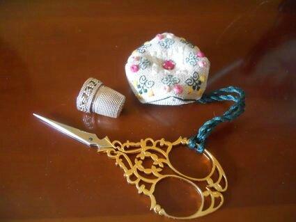 Coussin ciseaux Pompadour