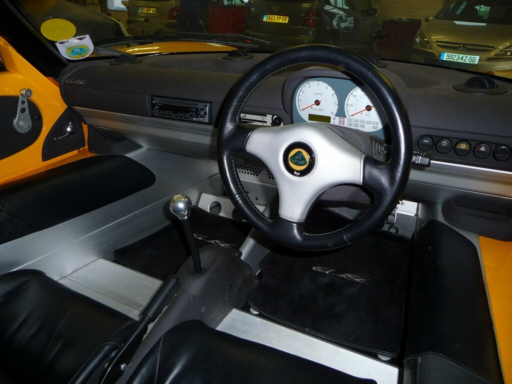 vente-lotus-elise-norfolk-yellow-s1-111-mk1-120cv-02