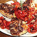 Blancs de poulet a la pate d'olive noire au citron de menton, chiffonnade de poivrons et tomates, ecrase de pommes de terre a l